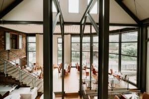 Elegant für Hochzeiten Familientreffen Firmenfeiern mit großer Gruppe oder Gesellschaft für viele Personen.
